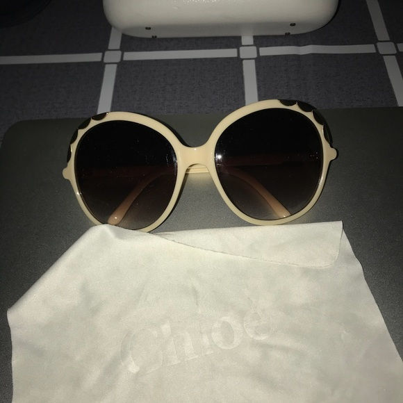 7e6dc549f1ca Chloe Accessories - Authentic Chloe cream color sunglasses